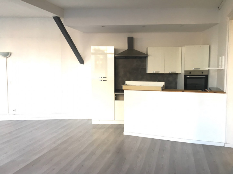 Rental apartment Lille 755€ CC - Picture 3