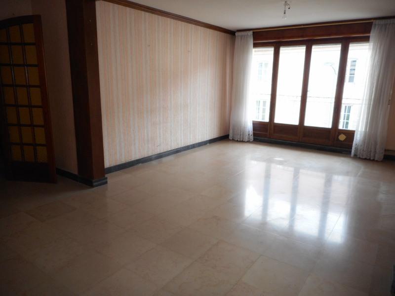 Sale apartment Lons-le-saunier 115000€ - Picture 1