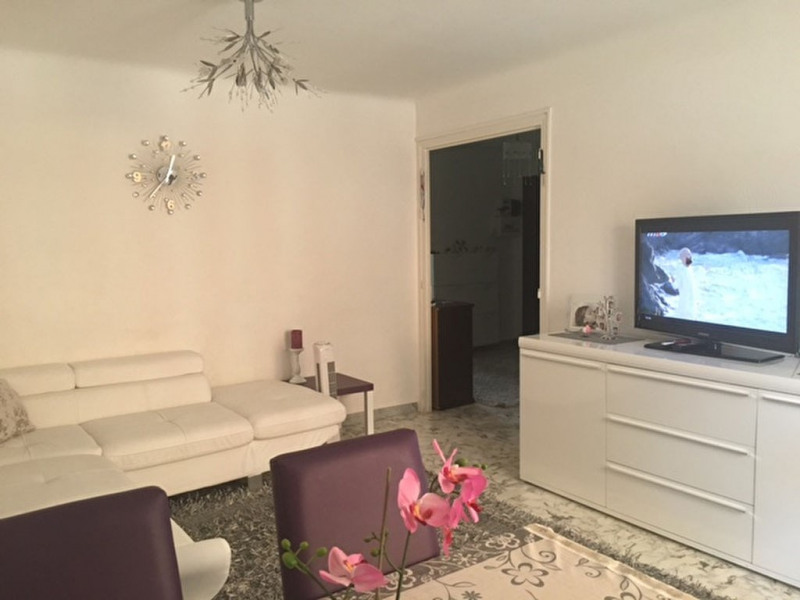 Location appartement Vidauban 700€ CC - Photo 1