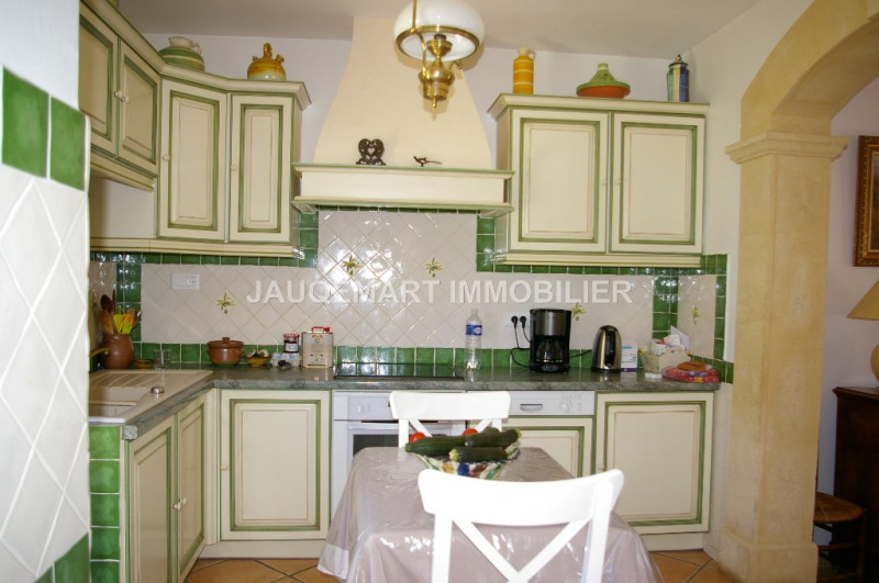 Vacation rental house / villa Lambesc 850€ - Picture 7