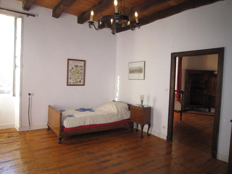Sale house / villa Castels 390000€ - Picture 8