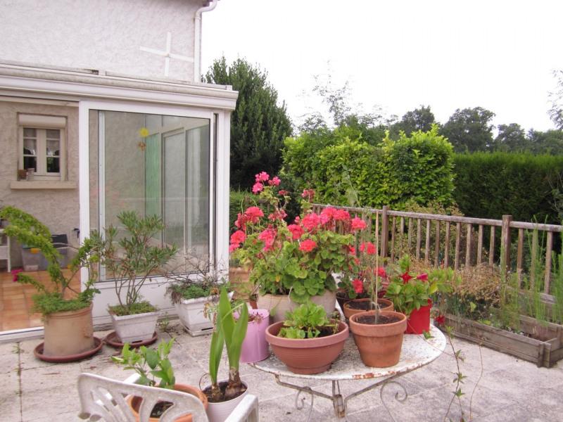 Sale house / villa Barbezieux saint- hilaire 126000€ - Picture 2