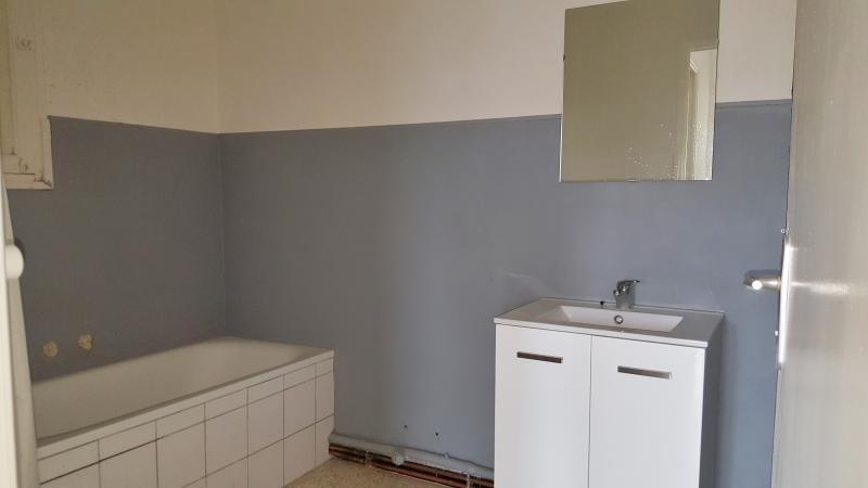 Location appartement Salon de provence 740€ CC - Photo 6