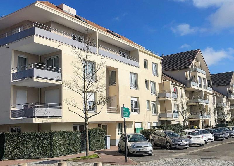 Sale apartment Maurepas 211000€ - Picture 7