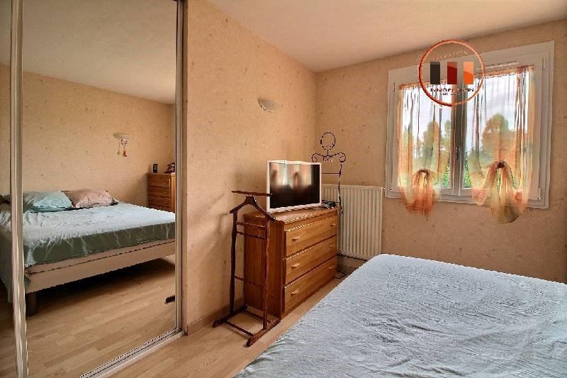 Vente maison / villa St genis laval 489000€ - Photo 5