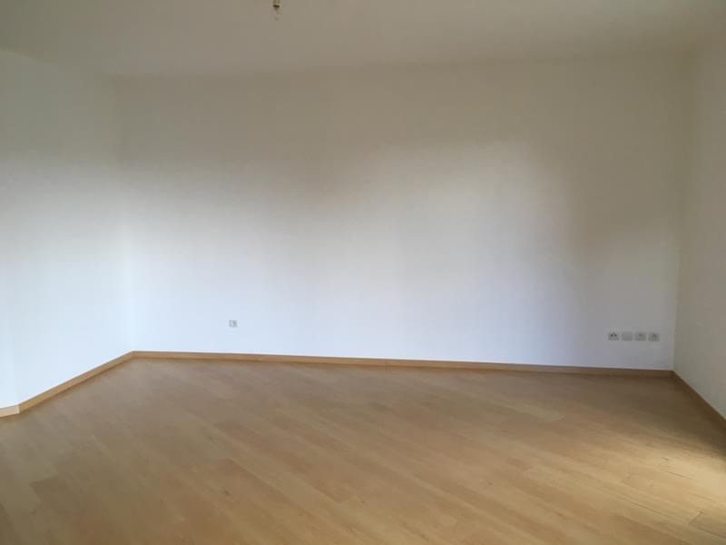 Rental apartment Vendome 596€ CC - Picture 3