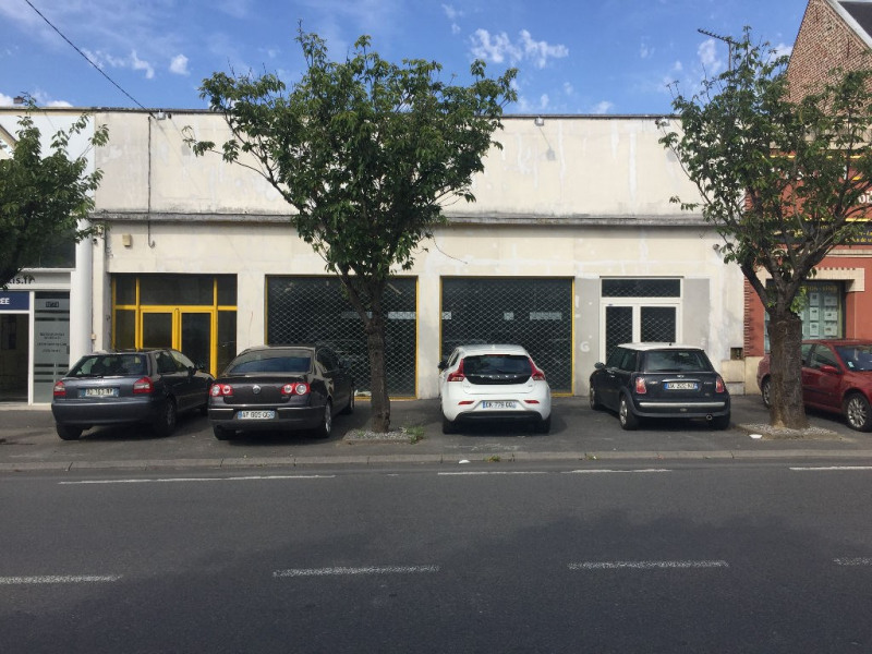 Location boutique Saint quentin 2 500€ HC - Photo 1