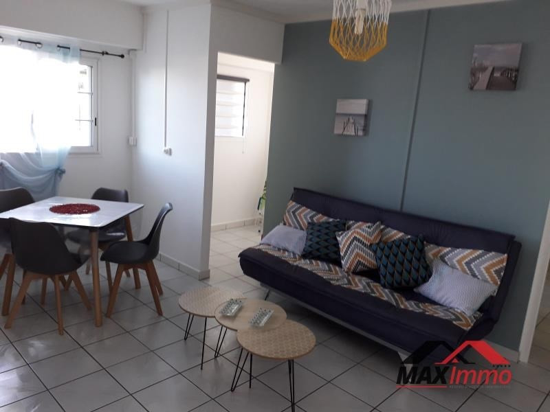 Location appartement St joseph 650€ CC - Photo 2