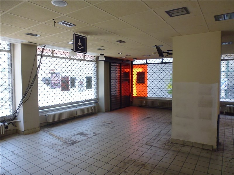 Location local commercial Strasbourg 1700€ HT/HC - Photo 4