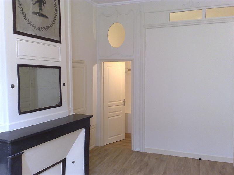 Rental apartment Saintes 579€ CC - Picture 6