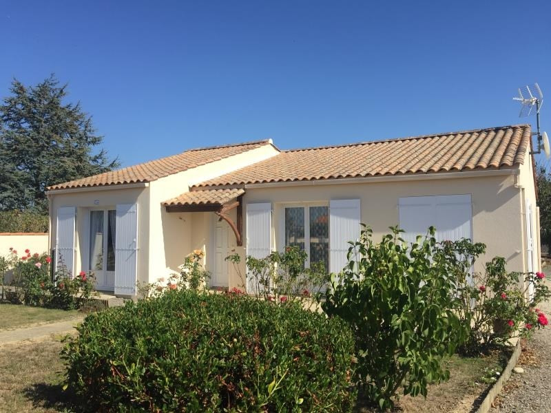 Sale house / villa St vincent sur jard 208000€ - Picture 1