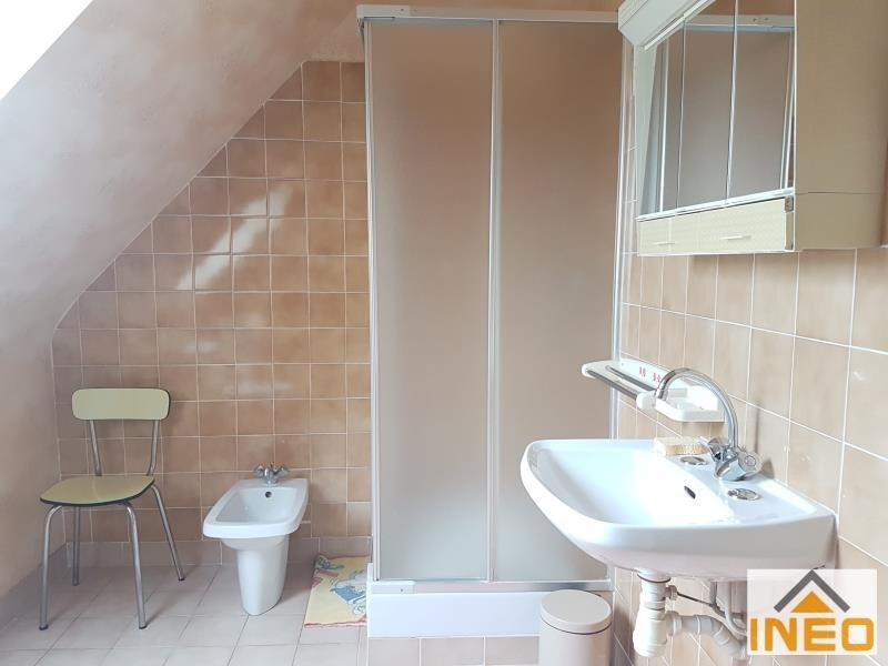 Vente maison / villa Guipel 228500€ - Photo 6