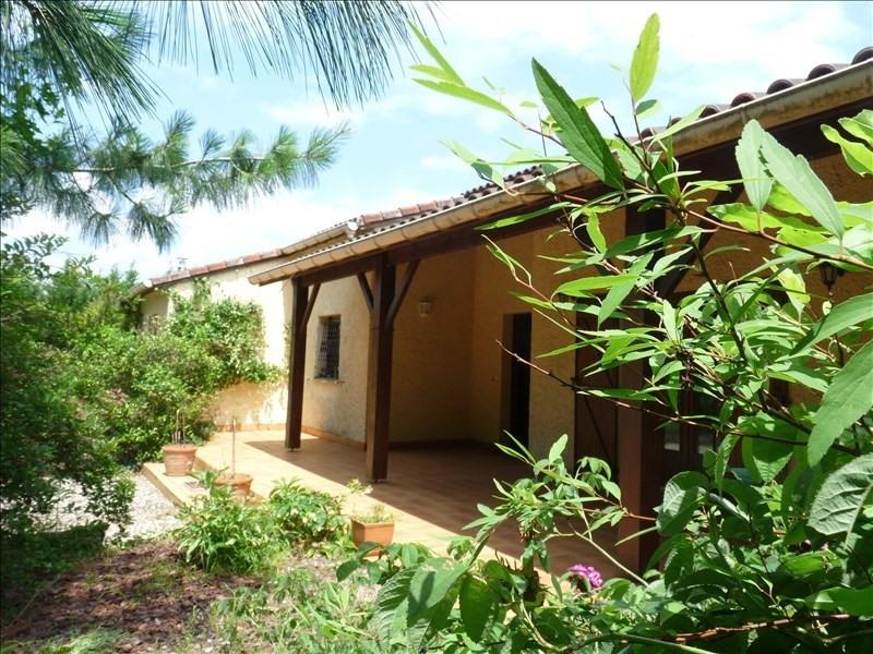 Sale house / villa Moirax 283500€ - Picture 1