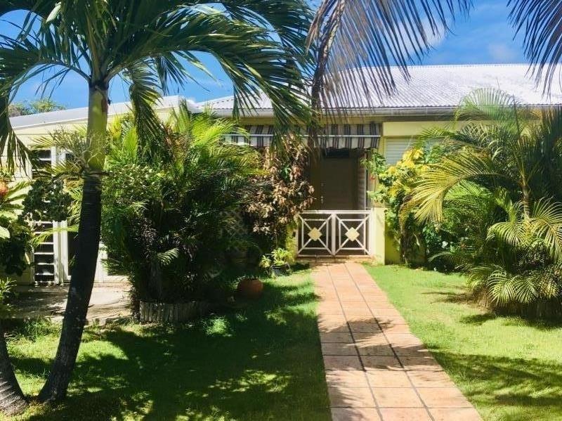Sale house / villa St francois 345000€ - Picture 1