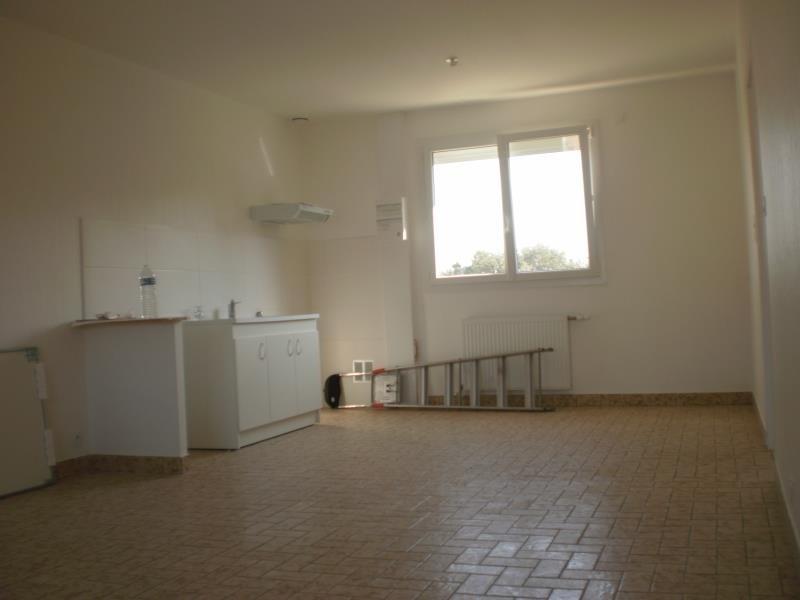 Location appartement Chateau d olonne 790€ CC - Photo 1