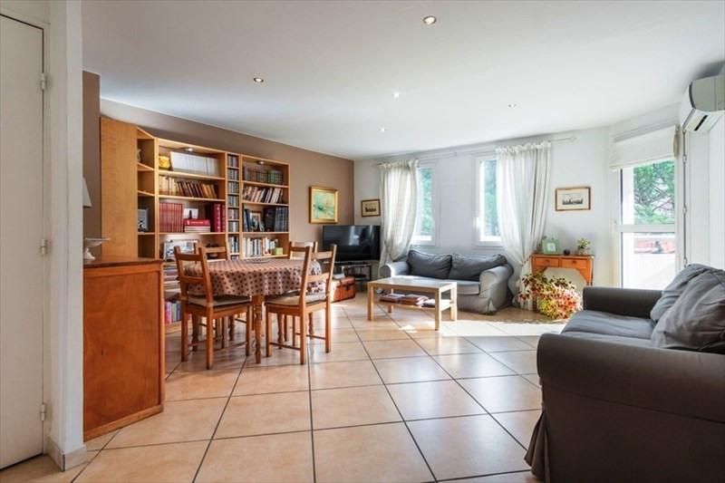 Sale apartment Aix en provence 459000€ - Picture 2