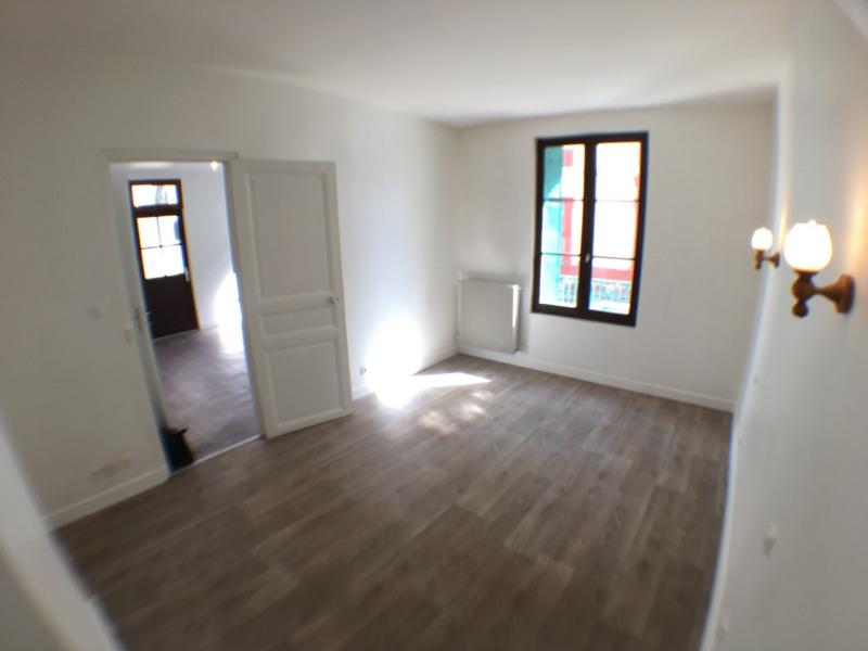 Rental apartment Pierrelaye 520€ CC - Picture 3