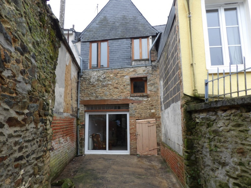 Vente maison / villa Craon 60 000€ - Photo 1