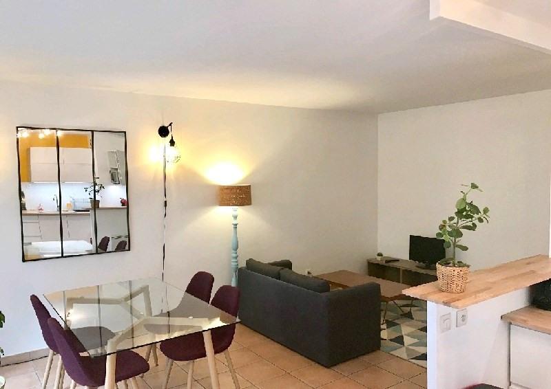 Alquiler  apartamento Lyon 3ème 890€ CC - Fotografía 5