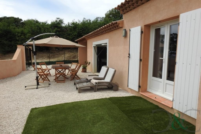 Deluxe sale house / villa Le lavandou 852000€ - Picture 1