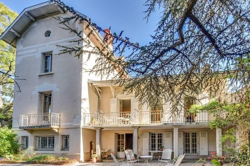 Deluxe sale house / villa Caluire-et-cuire 1300000€ - Picture 1