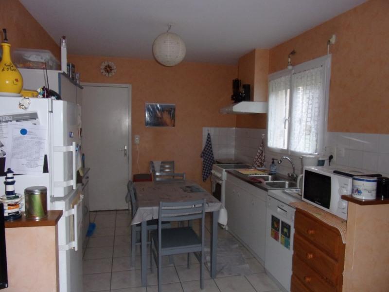 Location maison / villa Chateaubourg 740€ CC - Photo 3