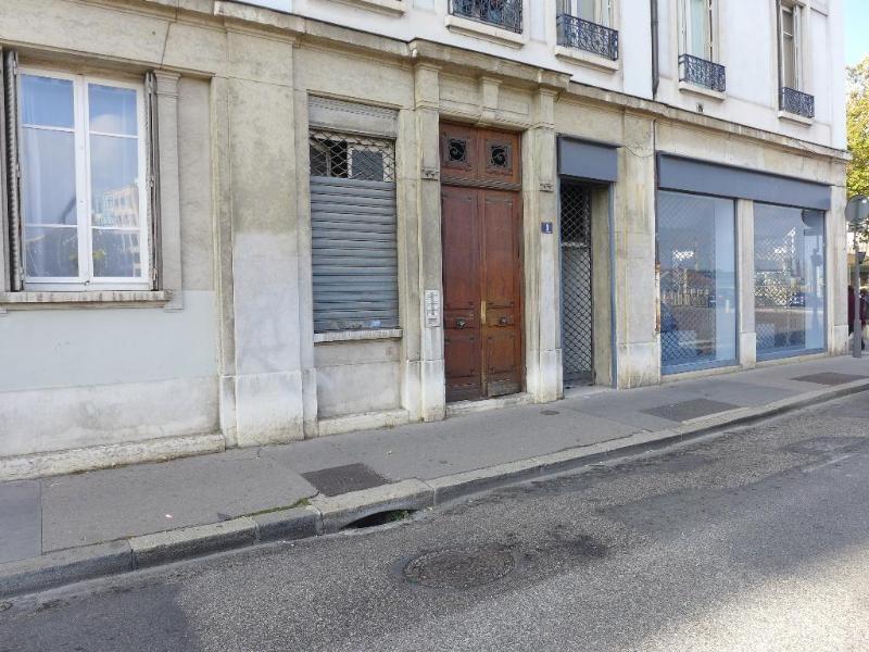 Rental apartment Lyon 7ème 717€ CC - Picture 2