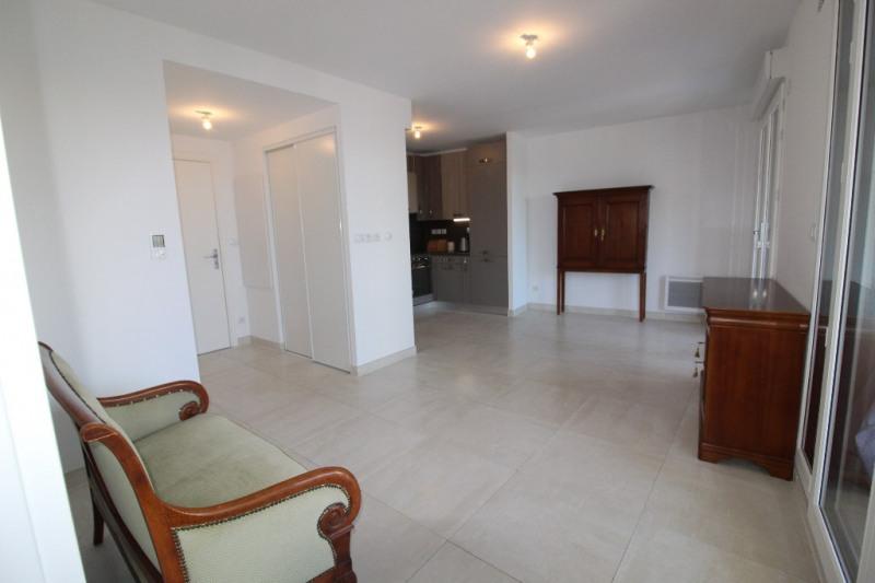 Venta  apartamento Hyeres 286200€ - Fotografía 9