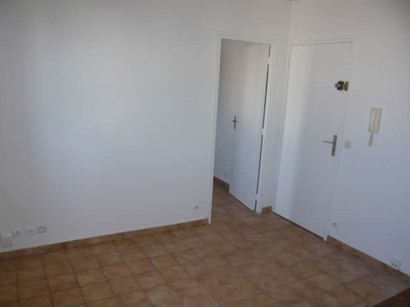 Rental apartment Montfermeil 620€ CC - Picture 1