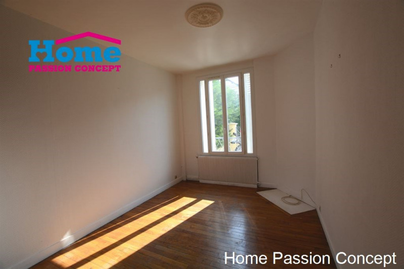 Location maison / villa Nanterre 1 600€ CC - Photo 1