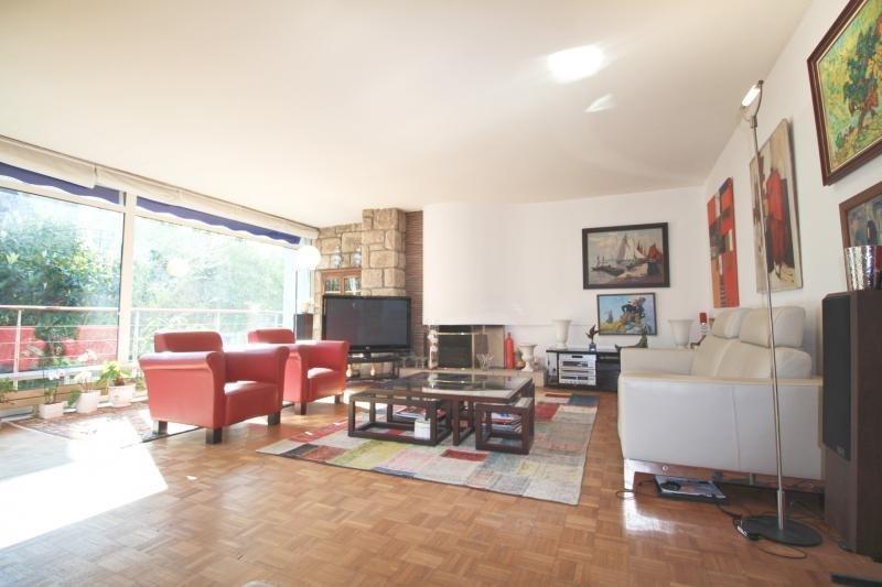 Deluxe sale house / villa Lorient 577500€ - Picture 1