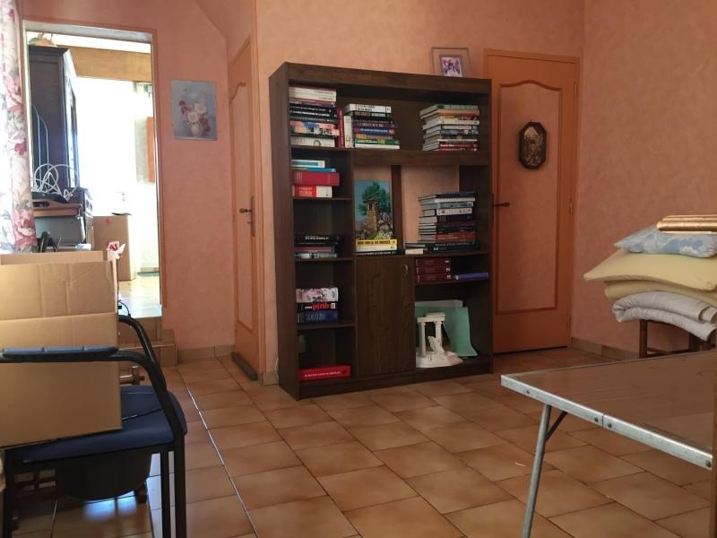 Investment property house / villa Estevelles 132 000€ - Picture 5