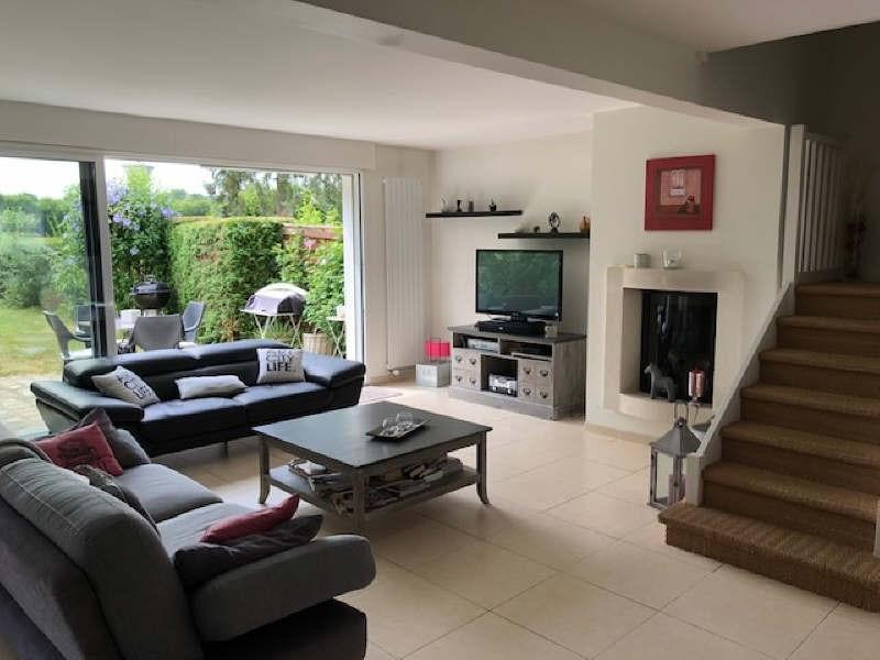 Sale house / villa Lesigny 375000€ - Picture 1