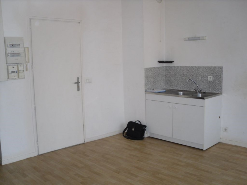 Rental apartment Armentieres 402€ CC - Picture 3