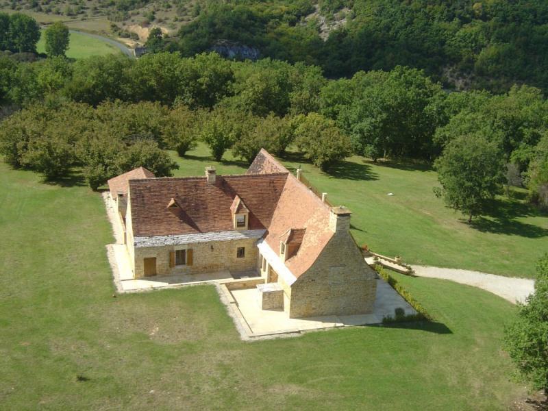 Deluxe sale house / villa Saint-amand-de-coly 728000€ - Picture 3