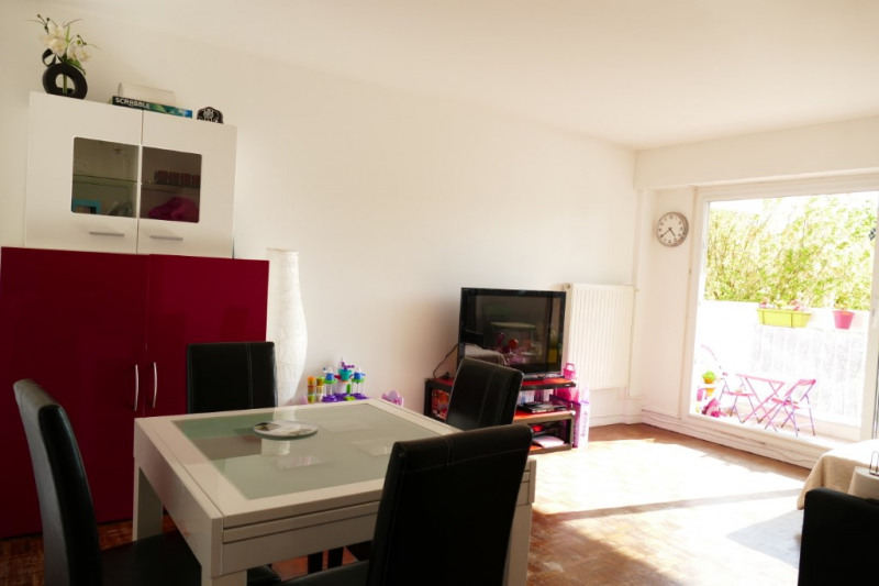 Sale apartment Marly le roi 274000€ - Picture 2