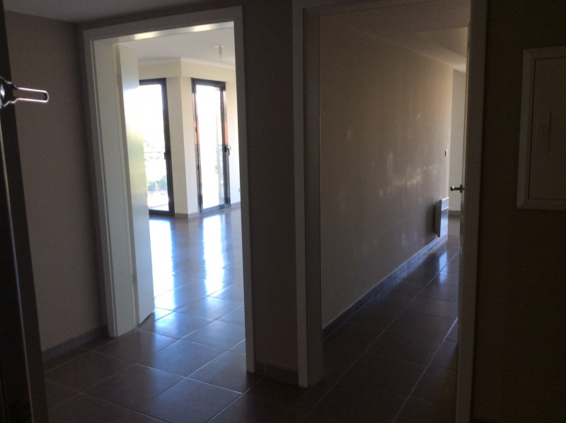 Rental apartment Fréjus 1187€ CC - Picture 4