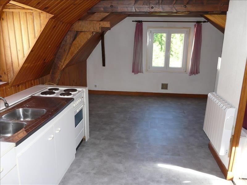 Rental apartment St omer 250€ CC - Picture 2