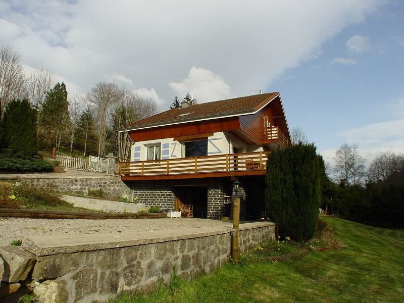 Sale house / villa Le chambon sur lignon 229000€ - Picture 2