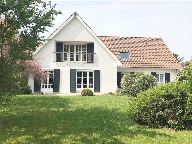 Sale house / villa Maurepas 546000€ - Picture 1