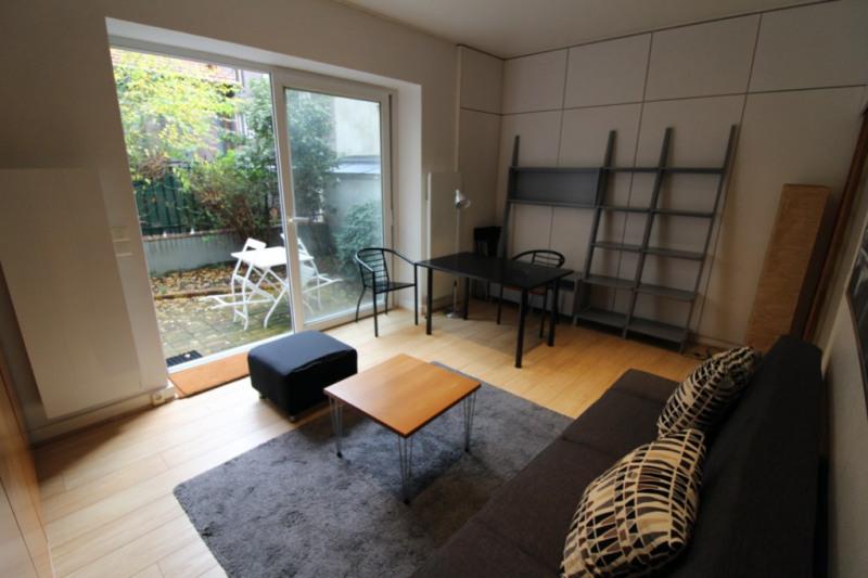 Rental apartment Neuilly-sur-seine 1250€ CC - Picture 1