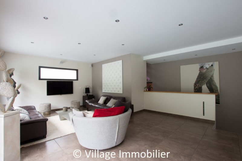 Vente de prestige maison / villa St priest 950000€ - Photo 3