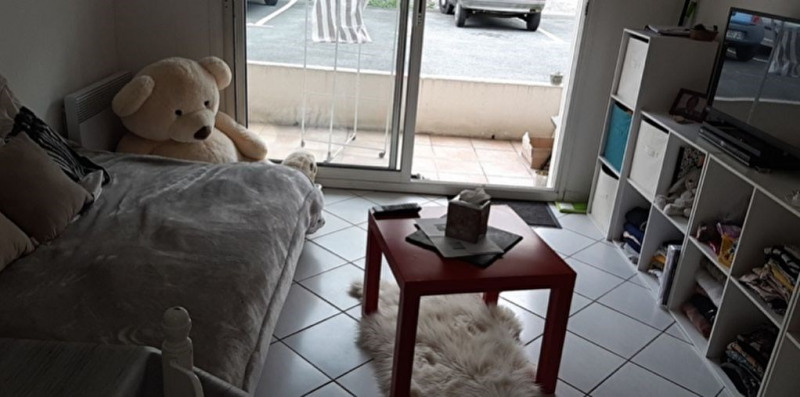 Location appartement La rochelle 441€ CC - Photo 1