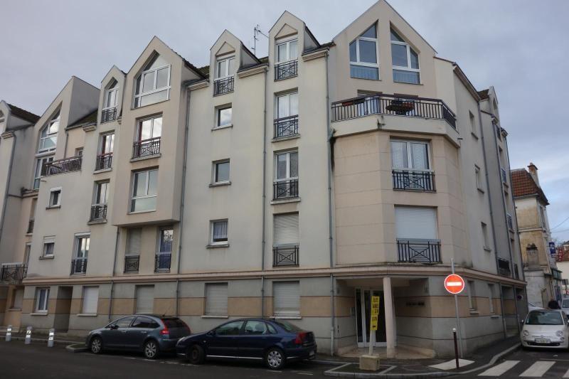 Sale apartment Lagny sur marne 222000€ - Picture 1