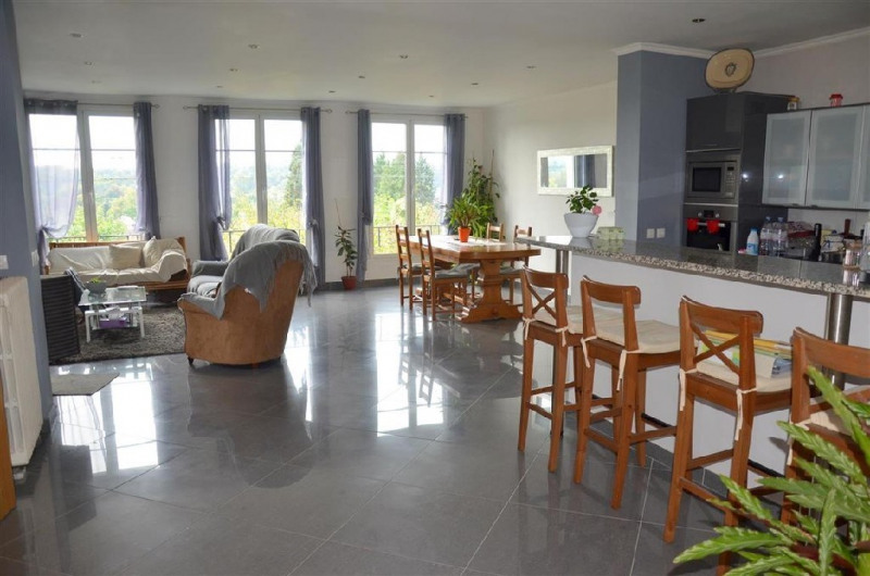 Sale house / villa Chartrettes 320 000€ - Picture 1