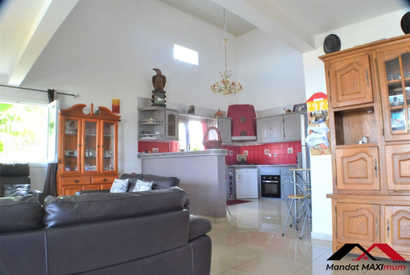 Vente maison / villa Saint louis 367 000€ - Photo 4