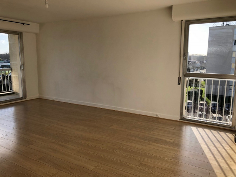 Sale apartment Rambouillet 210 000€ - Picture 1
