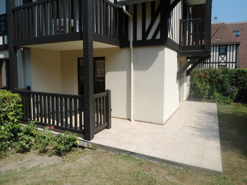 Revenda apartamento Trouville sur mer 235000€ - Fotografia 2