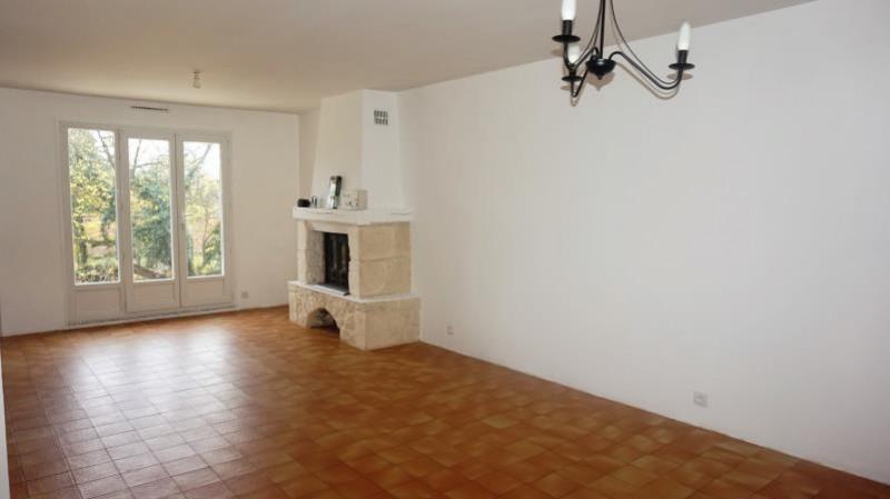 Sale house / villa Breval 250000€ - Picture 5