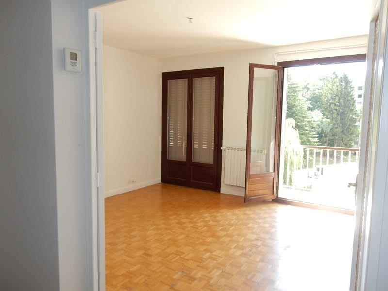 Investment property apartment St egreve 140 000€ - Picture 1